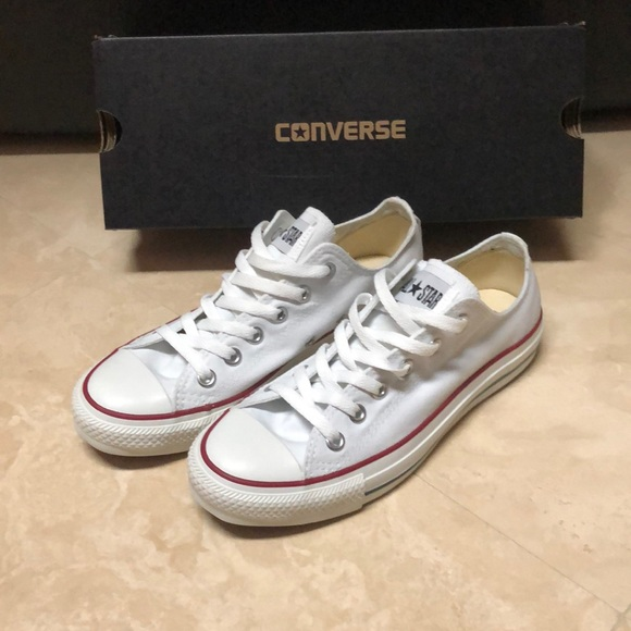 1103e14be390 NWB Converse Chuck Taylor All Star Sneakers